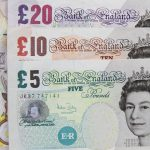 Datoria publică a Marii Britanii a depăşit pragul de 1.000 miliarde de lire sterline