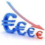 Euro este la cel mai mic nivel din ultimele 16 luni fata de dolar