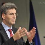 Leonard Orban: Vom intreba CE dacă prelungirea restricţiilor la muncă pentru români este justificată