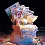 """Rusia """"pastreaza"""" 5 mld € ca masura de precautie impotriva crizei economice"""