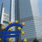 BCE: Deciziile agenţiilor de rating de a retrograda ţări din zona euro au alimentat criza