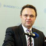 Ministrul de Interne al Germaniei: Grecia are şanse mai mari să-şi revină în afara zonei euro