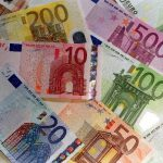 Comisia întrerupe plăţile pentru POSDRU pentru maximum 6 luni