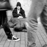 Mai mulţi eurodeputaţi cer o strategie UE pentru ajutarea persoanelor fără adăpost