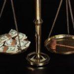 Comisia Europeană: Corupţia e pedepsită cu minimum legal