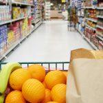 Prețurile au crescut, inflația coboară la un nou minim