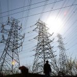 Rusia anunţă că vrea să furnizeze Ucrainei cărbune şi electricitate fără plată în avans