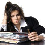 Studiu: Patru din zece persoane şi-ar părăsi oricând locul actual de muncă