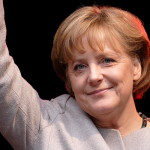 Angela Merkel propune organizarea, în Grecia, a unui referendum privind menţinerea în zona euro