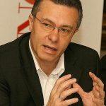 Fostul și actualul ministru de Externe, dispută pe participarea la Consiliul European