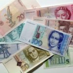Reintroducerea mărcii germane ar putea fi cheia supravieţuirii euro