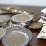 Banca Europeană va injecta cate 60 de miliarde de euro lunar până în septembrie 2016. Ce spun economiștii-șefi ai principalelor bănci din România