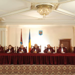 Judecătorii CCR trimit motivarea invalidării referendumului către Parlament
