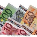 De teama crizei, spaniolii îşi retrag banii şi pleacă din ţară
