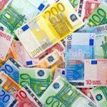 Statele UE vor dezbate o reducere de cel puţin 50 miliarde euro la bugetul pe termen lung al Uniunii