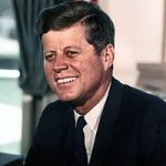 Administrația Trump a declasificat documente despre asasinarea președintelui John F. Kennedy, dar a amânat dezvăluirea unor informații sensibile