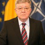 Replici dure între Dobriţoiu şi Fota la Academia Română. Cei doi au părăsit sala
