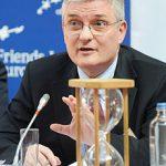 Daniel Dăianu: Continuarea acordului cu FMI este benefică pentru România