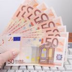 Eurostat: România este pe ultimul loc în UE la cumpărături pe Internet