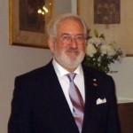 Ambasadorul Spaniei, decorat pentru atragerea de investiţii în România