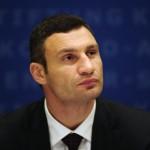 UCRAINA. Fostul campion la box Vitali Kliciko îşi anunţă candidatura la prezidenţiale