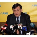Crin Antonescu: Nu renunţ la candidatura la prezidenţiale. Exclud o candidatură independentă