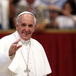 Ponta îi va dărui Suveranului Pontif un tricou semnat de Hagi şi o icoană trimisă de Patriarhie