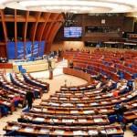 Consiliul Europei cere puterii conservatoare din Polonia să încetinească ritmul schimbărilor