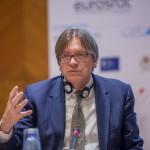 Planurile europene ale federalistului Guy Verhofstadt, candidatul liberal la sefia Comisiei Europene