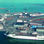 UE ar trebui să cumpere cele două nave franceze Mistral destinate Rusiei, sugerează un grup de reflecție german