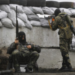 Cinci militari ucişi şi 22 răniţi în estul Ucrainei după intrarea în vigoare a armistiţiului