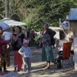 Un adolescent român de etnie romă a fost linşat în Franţa de 12 indivizi. Reacţia oficială a României