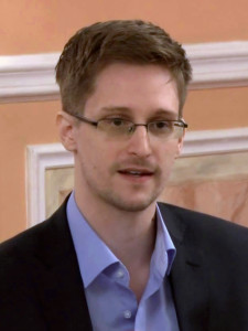 Edward_Snowden wikipedia