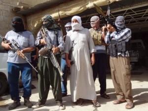 gruparea-statul-islamic-a-preluat-controlul-asupra-principalelor-campuri-petroliere-din-estul-siriei-moscova_size9