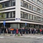 PREZIDENŢIALE 2014. Zeci de mii de români stau la coadă la secţiile din DIASPORA. Câţi au votat până acum