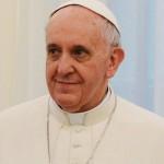 Papa Francisc: Libertatea de exprimare nu îndreptăţeşte insultarea credinţei altora, iar a ucide în numele lui Dumnezeu este o aberaţie