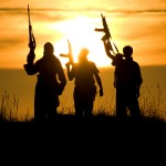 Directorul CIA, John Brennan, avertizează: Pentru a compensa pierderile teritoriale, ISIS se va concentra pe atacuri în afara teritoriilor pe care le dețin