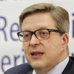 """Pirkka Tapiola: """"UE a decis să îngheţe finanţarea pentru Republica Moldova"""""""