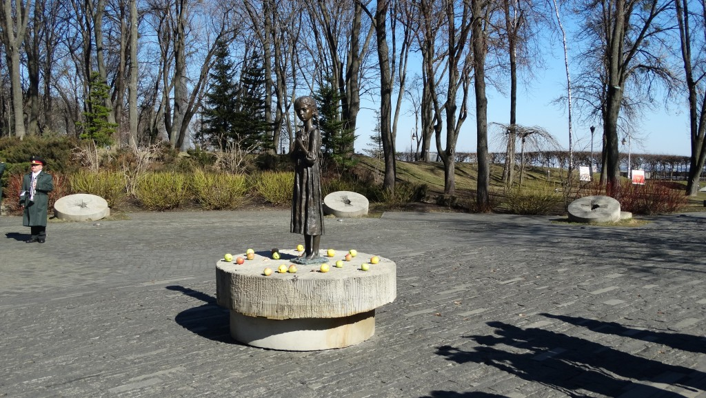 Holodomor2