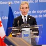 R. Moldova: Președintele PPE, Joseph Daul, i-a cerut lui Leancă să se retragă din cursa prezidențială și să o sprijine pe Maia Sandu. Fostul premier a refuzat
