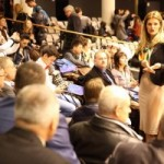 Galerie Foto. Europarlamentarul Ramona Mănescu a primit în vizită tineri români talentați în teatru și muzică tradițională