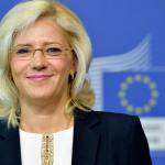 """Eurobarometru """"Calitatea vieții în orașele europene"""". Corina Crețu: """"Doar într-un oraș din cinci oamenii sunt de acord că a devenit mai ușor să găsești un loc de muncă"""". Cluj Napoca, în acest top"""