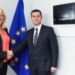 Comisarul european Corina Crețu: Mă bucur că România alocă 100 de milioane de euro pentru sprijinirea IMM-urilor