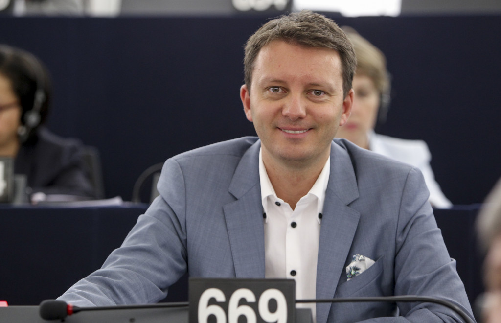 Siegfried MURESAN in Plenary session week 28 2015 in Strasbourg