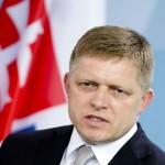 """Premierul Slovaciei compară politica migrației a Uniunii Europene cu o """"sinucidere rituală"""""""