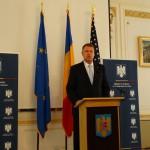 Klaus Iohannis la întâlnirea cu românii din SUA: Prin tot ceea ce faceți întăriți și sprijiniți parteneriatul strategic dintre România și Statele Unite