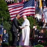 """Papa Francisc primit de Barack Obama pentru prima dată la Casa Albă: """"Lupta împotriva schimbărilor climatice nu poată fi lăsată în seama generației viitoare"""""""