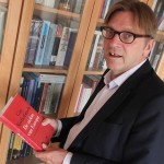 """VIDEO Corespondență de la Bruxelles. Guy Verhofstadt a făcut spectacol la lansarea ultimei sale cărți """"Bolile Europei"""": Dacă Schuman, Monnet și Spaak au fost extremiști, atunci și eu sunt un extremist!"""