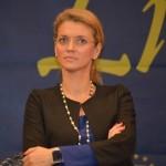 """VIDEO """"Reprezentarea de gen în politică – provocări și soluții"""". Premierul: Dacă femeile din politică vor reuși să consolideze latura feminină a umanității, politica românească ar avea de câștigat iar societatea ar avea și ea parte numai de beneficii"""