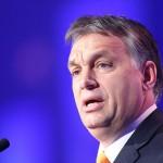 """Viktor Orban: """"Liderii europeni nu doresc să oprească valul de refugiați"""""""